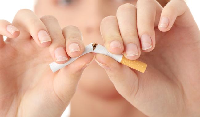 Το κάπνισμα της μητέρας καταστρέφει την ποιότητα σπέρματος στα αγόρια.